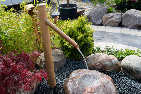 rock creek: Beautiful decorative Japanese home garden bamboo waterfall pond
