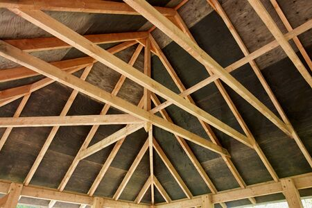 ceiling plate: Roof construction wooden frame of a small house