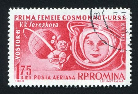 tereshkova: ROMANIA - CIRCA 1963: La prima donna astronauta Valentine Tereshkova, circa 1963. Editoriali