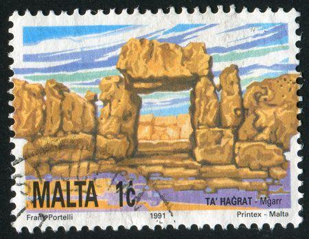 neolithic: MALTA - CIRCA 1991: Hagrat templos neol�ticos, alrededor del a�o 1991.