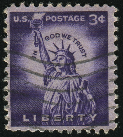 UNITED STATES - CIRCA 1954: stamp printed by United states, shows Statue of Liberty, circa 1954. Stock Photo - 8997797