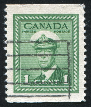CANADA - CIRCA 1942: stamp printed by Canada, shows King George VI, circa 1942 Stock Photo - 9834337