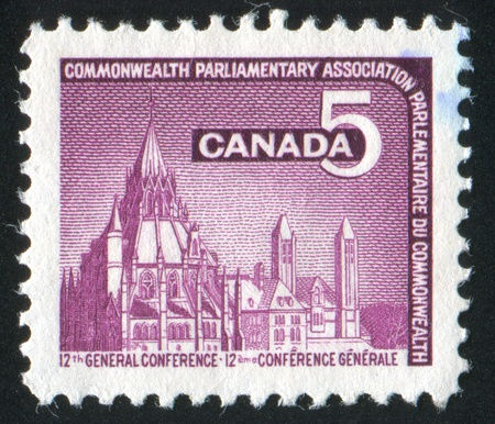 parlamentario: CANADA - CIRCA 1966: stamp printed by Canada, shows Parliamentary Lybrary, Ottawa, circa 1966
