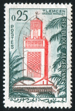 ALGERIA CIRCA 1962: stamp printed by Algeria, shows Mosque, Tlemcen, circa 1962 Stock Photo - 10792655
