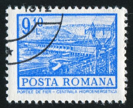 hydroelectric station: ROMANIA - CIRCA 1972: timbro stampato dalla Romania, mostra la stazione idroelettrica, Iron Gate, circa 1972 Archivio Fotografico