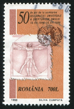uomo vitruviano: ROMANIA - CIRCA 1998: timbro stampato dalla Romania, mostra l'uomo vitruviano, DaVinci, circa 1998