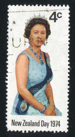 queen elizabeth ii: NEW ZEALAND - CIRCA 1974: stamp printed by New Zealand, shows shows queen Elizabeth II, circa 1974
