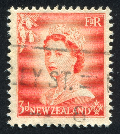 NEW ZEALAND - CIRCA 1953: stamp printed by New Zealand, shows shows queen Elizabeth II, circa 1953 Stock Photo - 13095958