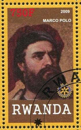 descubridor: RUANDA - CIRCA 2009: sello impreso por Ruanda, muestra de Marco Polo, en torno a 2009