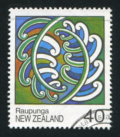rafter: NEW ZEALAND - CIRCA 1988: stamp printed by New Zealand, shows Maori Rafter Paintings, Raupunga, circa 1988 Editorial
