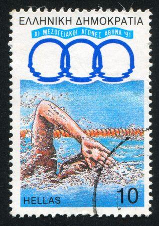 piscina olimpica: GRECIA - CIRCA 1991: sello impreso por Grecia, muestra natación, alrededor del año 1991 Editorial