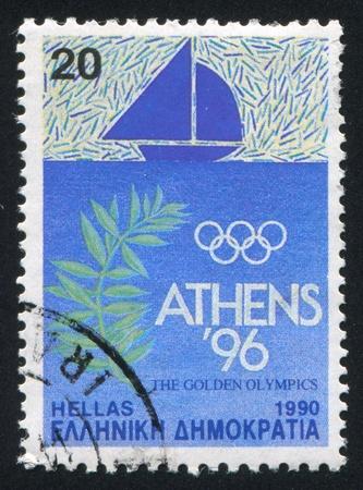 piscina olimpica: GRECIA - alrededor de 1990: Sello impreso por Grecia, muestra Vela, circa 1990