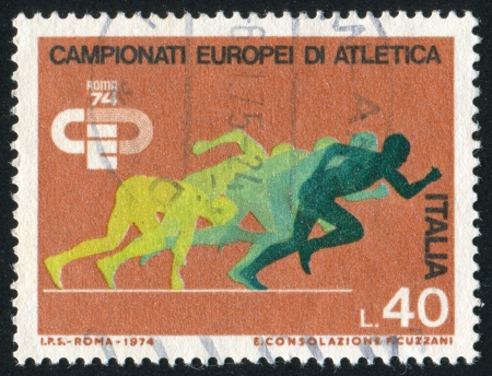 ITALY-CIRCA 1974: stamp printed by Italy, shows Sprinters, circa 1974 Stock Photo - 15337592