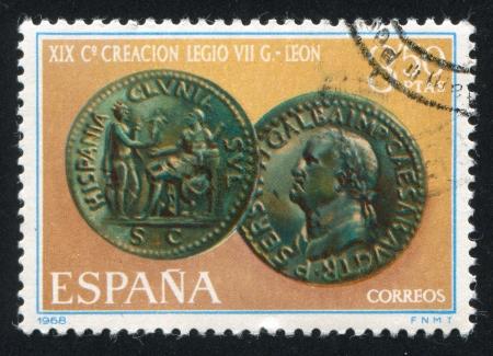 cara leon: ESPA�A - CIRCA 1968: sello impreso por Espa�a, demostraciones de la moneda del emperador Gamba, alrededor de 1968