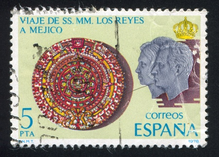 SPAIN - CIRCA 1978: stamp printed by Spain, shows Mexican Calendar Stone, King Juan Carlos I and Queen Sofia, circa 1978 Stock Photo - 15621344