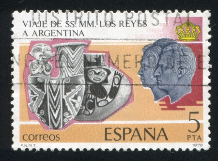 SPAIN - CIRCA 1978: stamp printed by Spain, shows Calchaqui jars from Tucuman and Angalgala, circa 1978 Stock Photo - 15740845