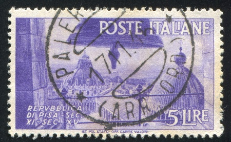 ITALY - CIRCA 1946: stamp printed by Italy, shows View of Cathedral Domes in Pisa, circa 1946 Stock Photo - 16285042