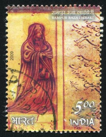 sotana: INDIA - CIRCA 2009: sello impreso por la India, muestra al hombre con sotana, alrededor del a�o 2009 Editorial