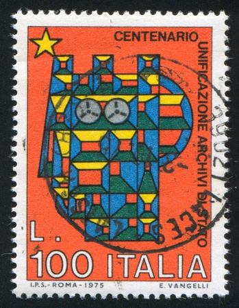 ITALY - CIRCA 1975: stamp printed by Italy, shows Stylized Syracusean Italia, circa 1975