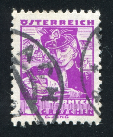 AUSTRIA - CIRCA 1932: stamp printed by Austria, shows Costumes in Carinthia, circa 1932 Stock Photo - 17837813