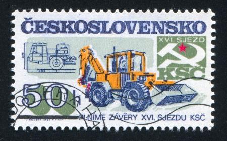 constraction: CZECHOSLOVAKIA - CIRCA 1985: stamp printed by Czechoslovakia, shows Constraction machinery, circa 1985