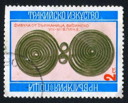 BULGARIA - CIRCA 1976: stamp printed by Bulgaria, shows Brooch, circa 1976 Stock Photo - 20527607