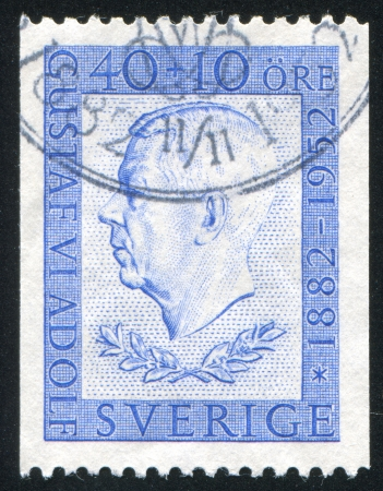 gustaf: SWEDEN - CIRCA 1952: stamp printed by Sweden, shows Gustaf VI Adolf, circa 1952