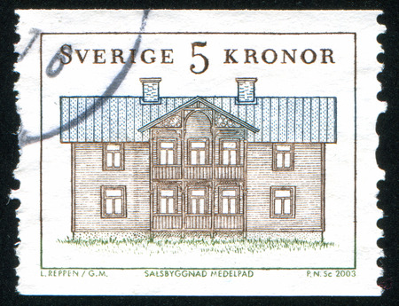 window seal: SWEDEN - CIRCA 2003: stamp printed by Sweden, shows House in Medelpad, circa 2003