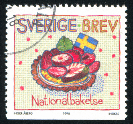 SWEDEN - CIRCA 1998: stamp printed by Sweden, shows National pastry, circa 1998