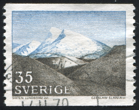 aiguille: SWEDEN - CIRCA 1967: stamp printed by Sweden, shows The Fjeld by Sixten Lundbohm, circa 1967 Editorial