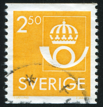 bugle: SWEDEN - CIRCA 1985: stamp printed by Sweden, shows Crown and post horn, circa 1985