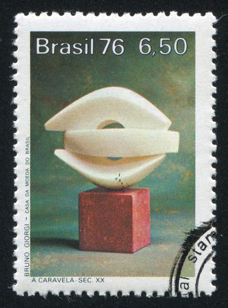 caravelle: BR�SIL - CIRCA 1976: timbre, imprim� par le Br�sil, montre Caravel, par Bruno Giorgi, 20 cent. sculpturen abstraites, vers 1976