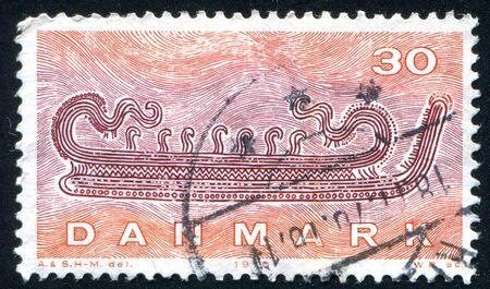 construction navale: DANEMARK - CIRCA 1970: timbre, imprim�, par le Danemark, la construction navale montre Viking, circa 1970