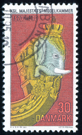 DENEMARKEN - CIRCA 1970: stempel gedrukt door Denemarken, toont Elephant Boegbeeld, circa 1970 Redactioneel