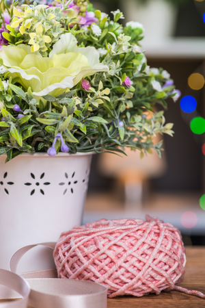 needle laces: Ball of knitting yarn with flowers