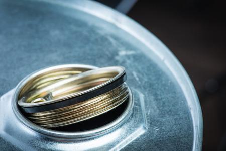 symbole chimique: tambour en acier pour les produits chimiques dangereux Banque d'images