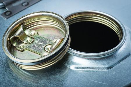 riesgo quimico: tambor de acero para los productos químicos peligrosos Foto de archivo