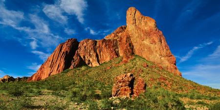USA, Arizona, La Paz County, Courthouse Rock, Judged Bench Rock Formation