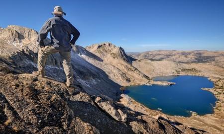 nevada: Man standing on Shepherd Crest, Yosemite National Park, California, USA LANG_EVOIMAGES