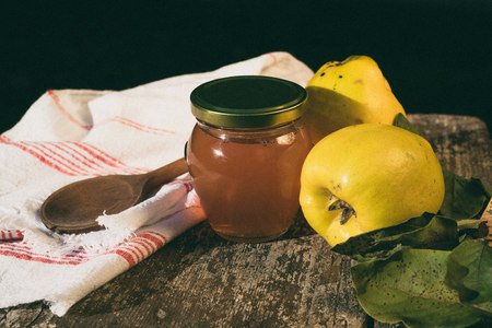 membrillo: Quince and quince jelly LANG_EVOIMAGES