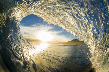 Close-up of a wave breaking, Buchupureo, Chile LANG_EVOIMAGES