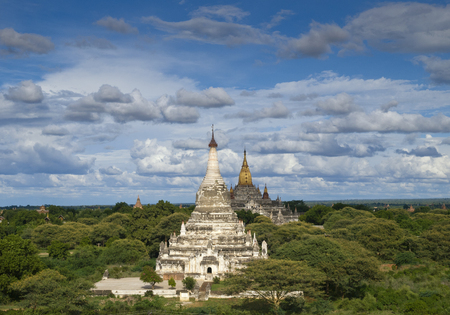 Buddhist temples and stupes, Bagan, Mandalay, Myanmar LANG_EVOIMAGES