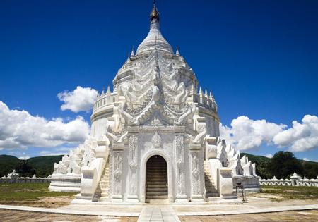 Hsinbyume Pagoda, Mingun, Mandalay, Mayanmar LANG_EVOIMAGES