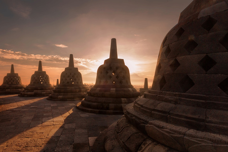 Sunrise over Borobudur temple, Magelang, Central Java, Indonesia LANG_EVOIMAGES