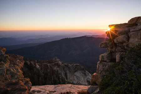 Sunset over Sequoia National Forest from Big Baldy, California, America, USA LANG_EVOIMAGES