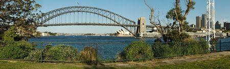harbor bridge panorama photo, opera house in distance Stock Photo - 5094576