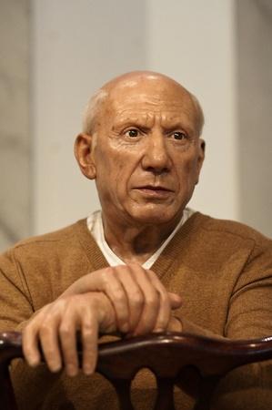 pablo: Pablo Picasso - statuina di cera al Madame Tussauds a New York City Editoriali