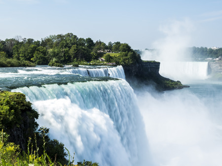 Niagara Falls summer day -  New York, USA 免版税图像 - 90166869