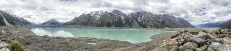 Tasman Glacier Lake with Icebergs at Aoraki, Mount Cook, New Zealand, South Island, NZ Banco de Imagens