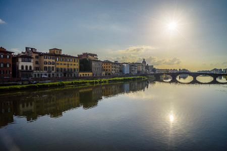 par: The marvelous view of Florence, city of art par excellence.La wonderful view of Florence, city of art par excellence.